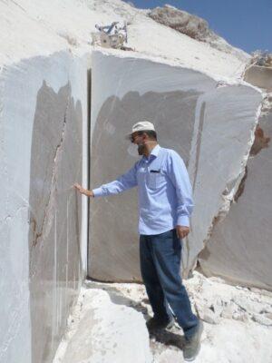 عکس از معدن سنگ مرمریت آرسک دامغان (شرکت معدنی زمین کاوان علم و صنعت )